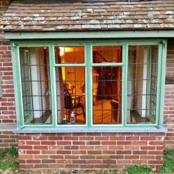 refurbished-metal-window-frames-leaded-windows-4